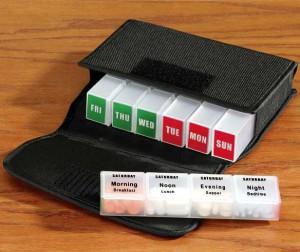MedCenter Traveler Weekly Pill Organizer